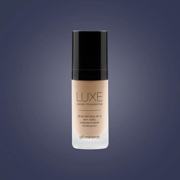 glo minerals Luxe Liquid Foundation SPF 18